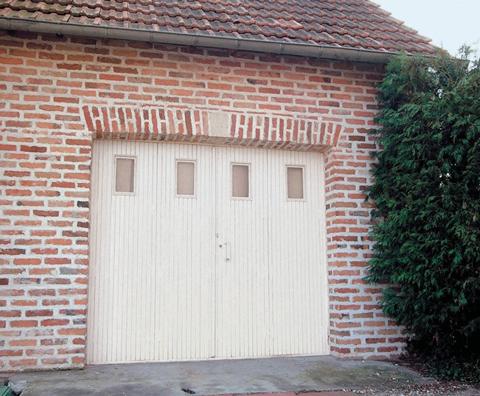 Portes de garage pliantes Janiclos